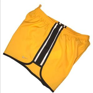 "Nike 3"" Livestrong Dri-FIT Running Shorts S"